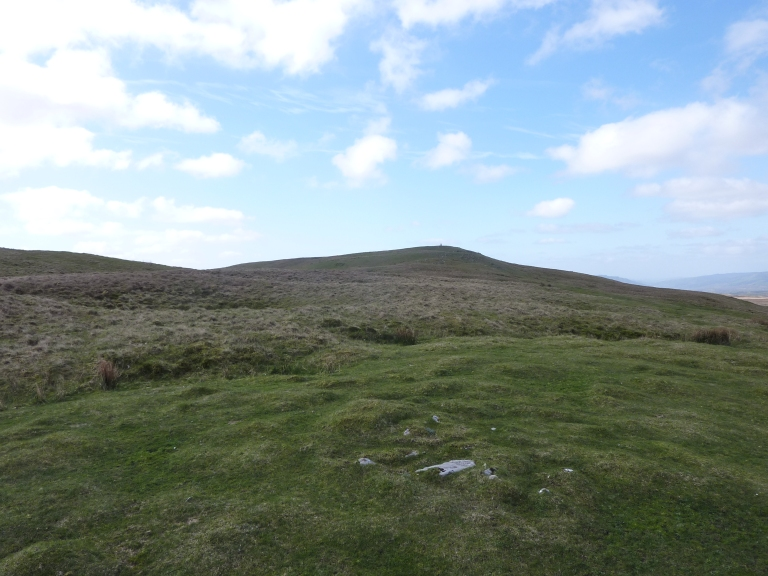 A checkpoint in the distance - Cadair Fawr